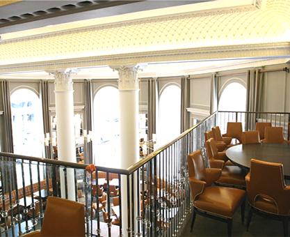 Moghul hotel interiors restaurant pole