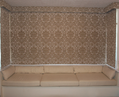 moghul damask roman blinds in square bay window
