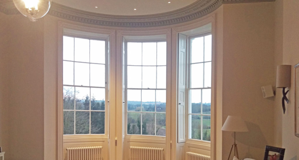 curved bay window